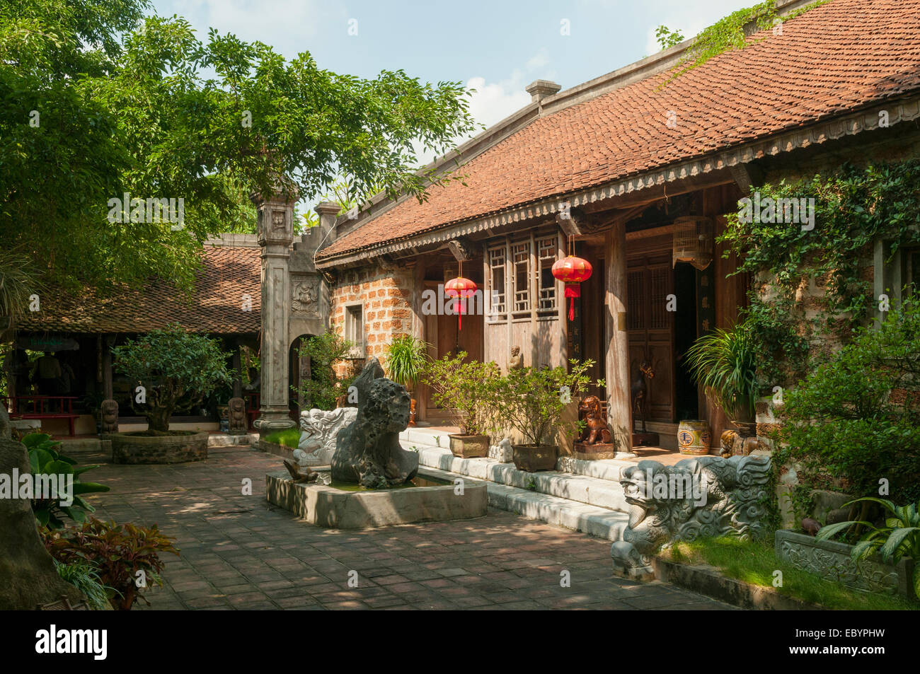 House of Auspicious Clouds, Thanh Chuong Viet Palace, Hanoi, Vietnam ...