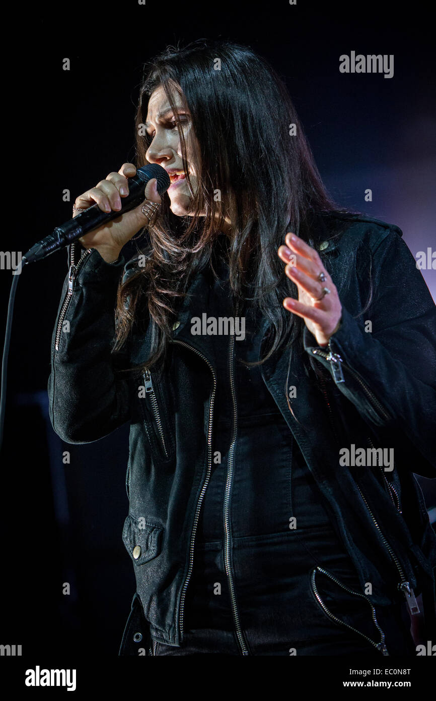 Fontaneto d'Agogna Italy. 06th December 2014. The Italian pop singer ELISA performs live at the music club Phenomenon - Stock Image