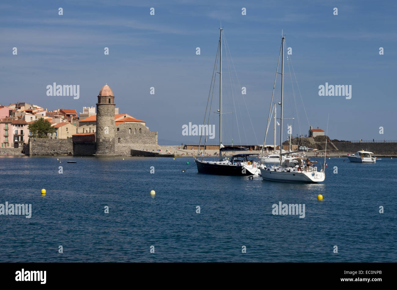 Collioure harbour and church - Stock Image