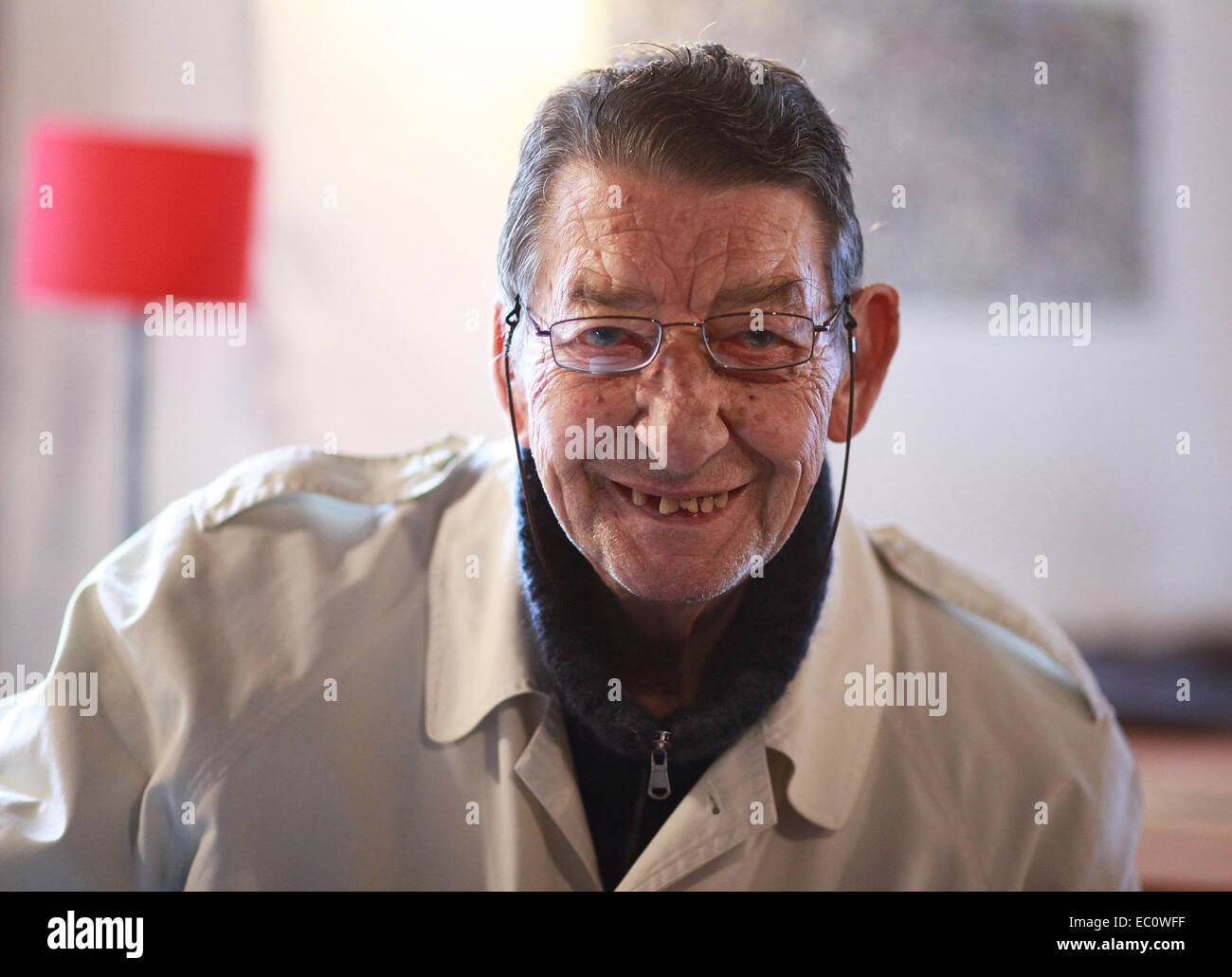 Portrait of a satisfied, over 80 years old senior citizen from Spilimbergo, Friuli-Venezia Giulia, northern Italy. - Stock Image