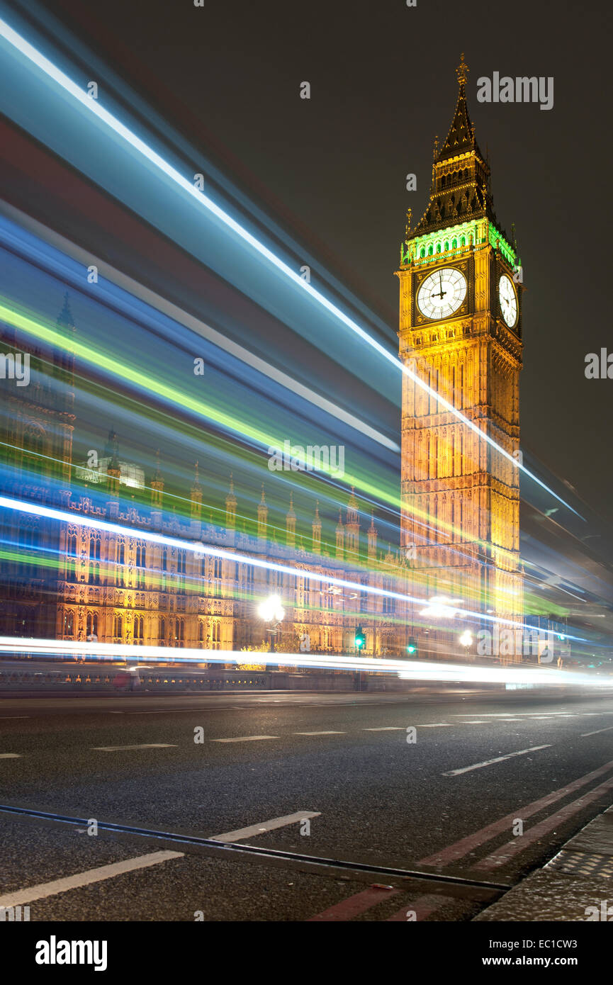 Night view of the Big Ben clock tower in Westminster, London - Stock Image