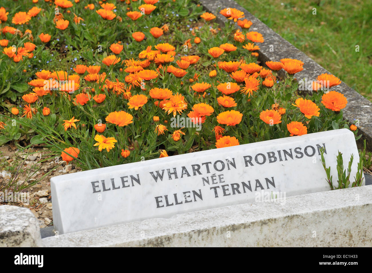 the grave in Highland Rd. Cemetery, Southsea, Portsmouth, of Ellen (Nelly) Ternan, the love of novelist Charles - Stock Image