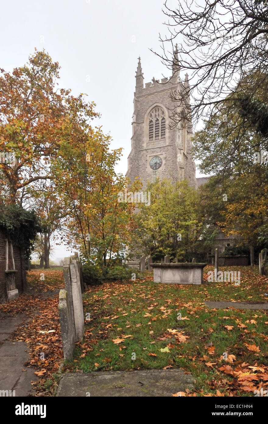 Dickens - St Mary's Church graveyard, Chatham, Kent, where English novelist Charles Dickens would wander as a boy, - Stock Image