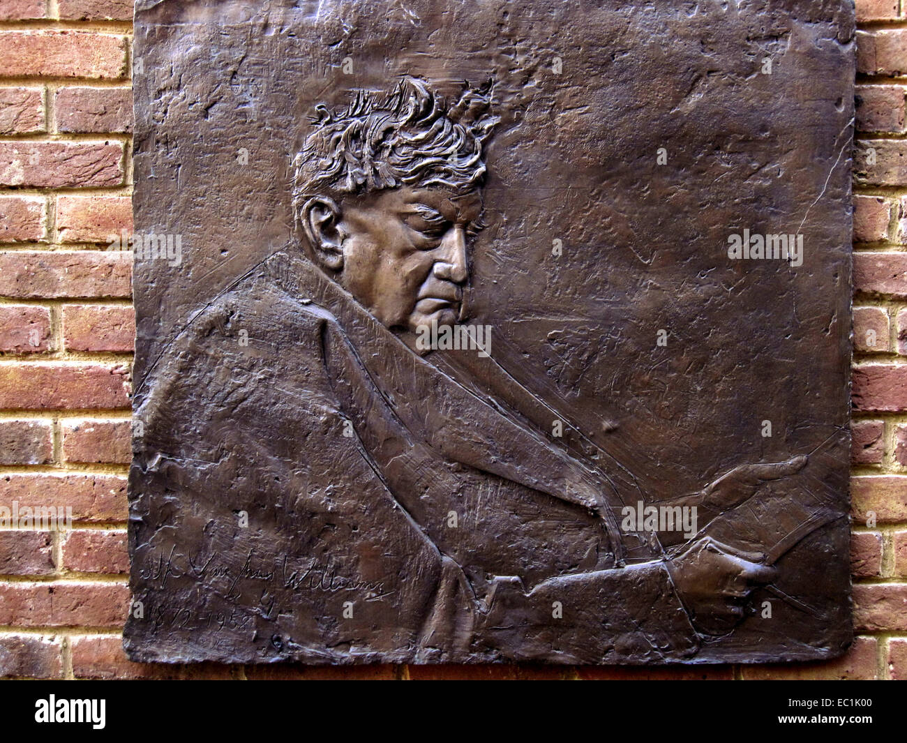 Ralph Vaughan Williams O.M., bronze bas-relief plaque. One of weveral version in the south of England. 12 October - Stock Image