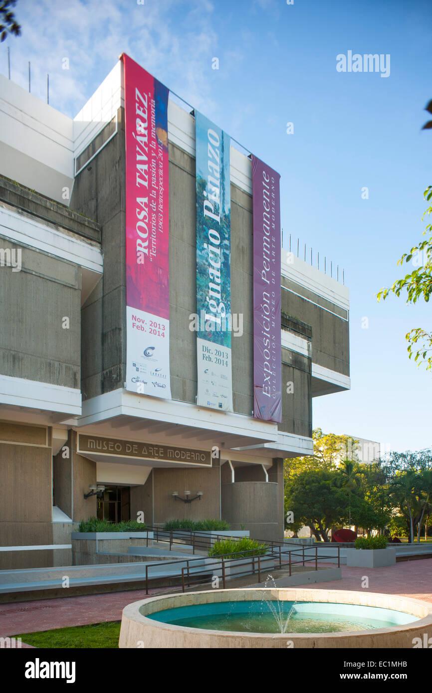 Dominikanische Republik, Santo Domingo, Parque de la Cultura, Museo de Arte Moderno - Stock Image