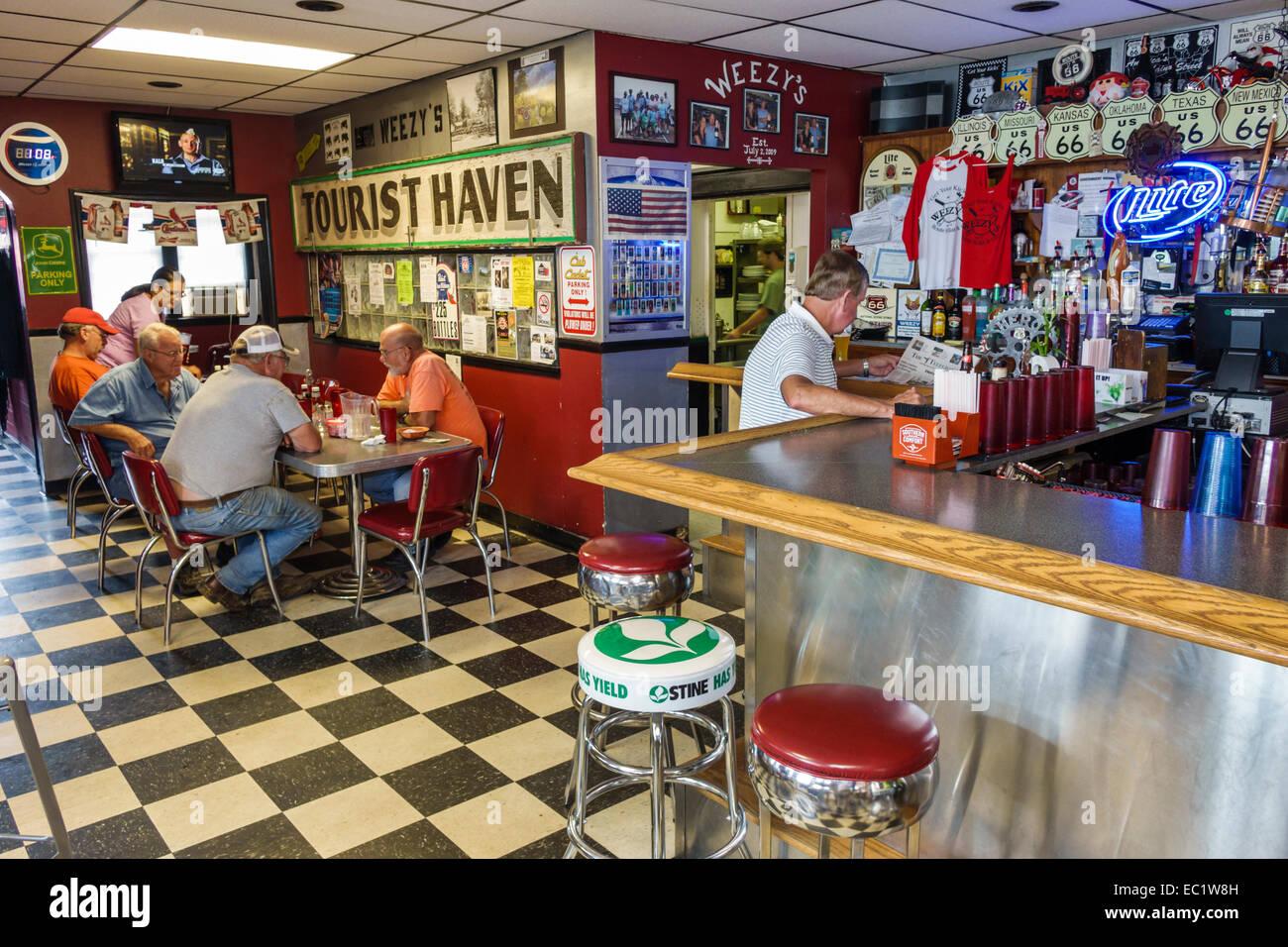 illinois hamel historic route 66 weezy's restaurant inside interior