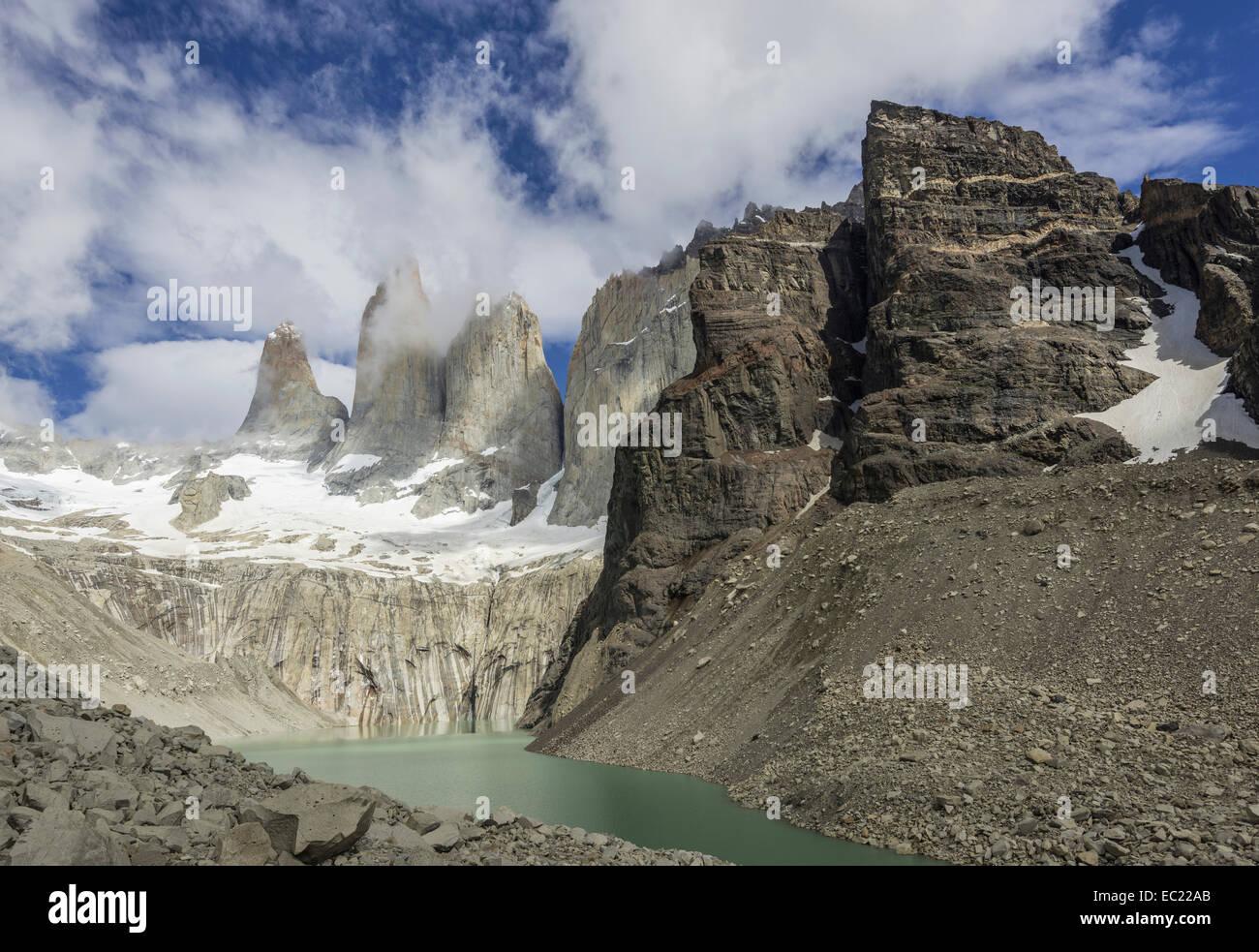 Torres del Paine, Torres del Paine National Park, Magallanes y la Antártica Chilena Region, Chile - Stock Image