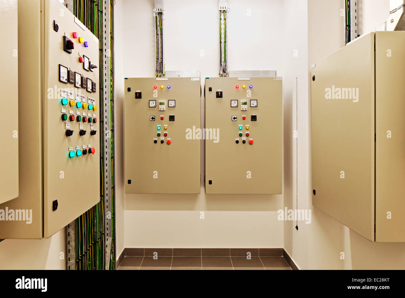 Air Con Stock Photos Images Page 2 Alamy Circuit Breaker Panel Image Electrical Switch Gear And Breakers That Control Heat Recovery Conditioning Light
