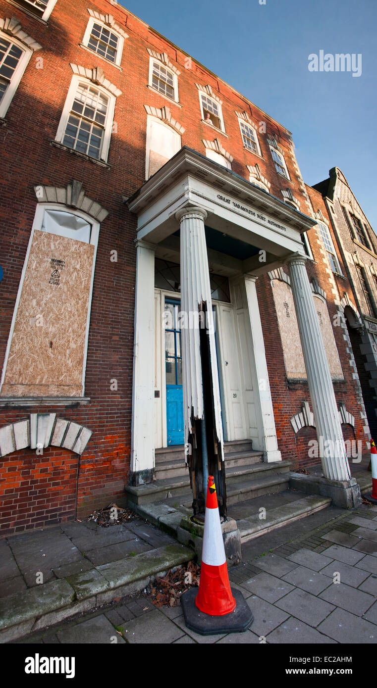 Great Yarmouth Port authority old derelict building - Stock Image