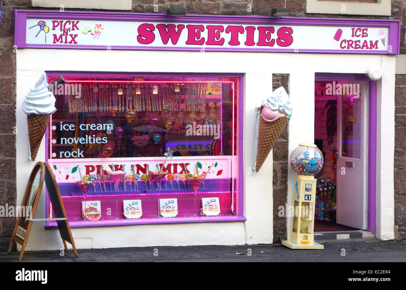 Sweeties Sweet Shop, Leny Road, Callander, Trossachs, Stirlignshire, Scotland, UK - Stock Image