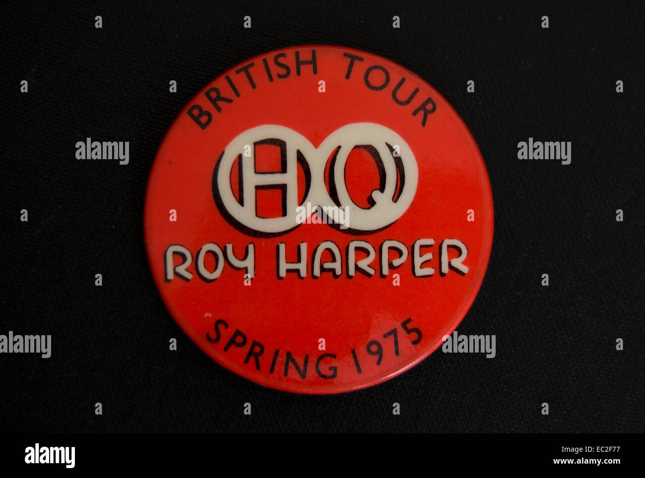 lapel badge marking the spring 1975 british tour by musician roy harper - Stock Image