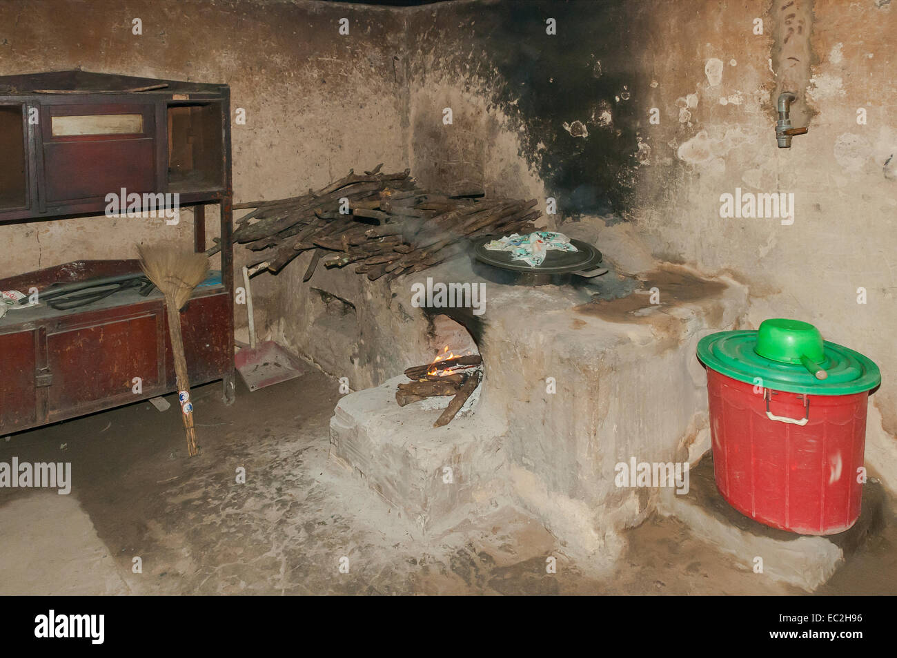 Kitchen in Tunnel at Cu Chi, Vietnam - Stock Image