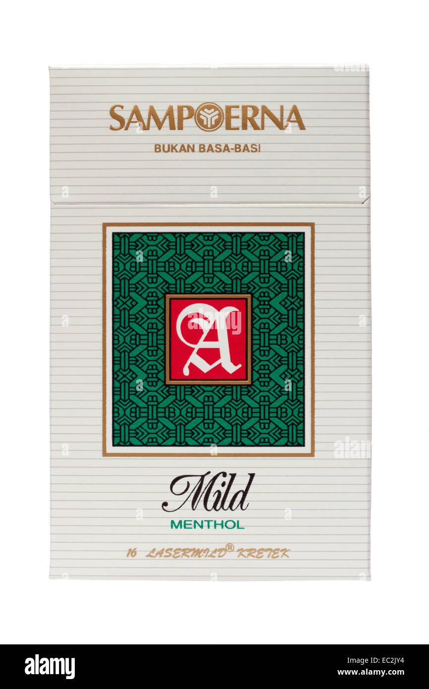 Packet Of Cigarettes Cut Out Stock Images Pictures Alamy Sampoerna U Mild Indonesian Menthol Cigarette Image