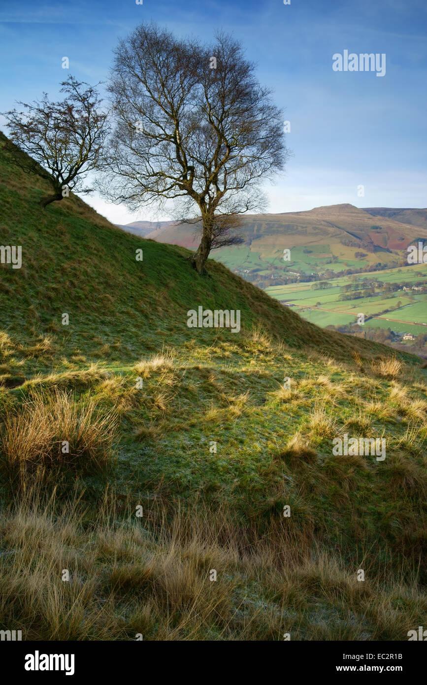 UK,Derbyshire,Peak District,Back Tor Nook overlooking Vale of Edale - Stock Image