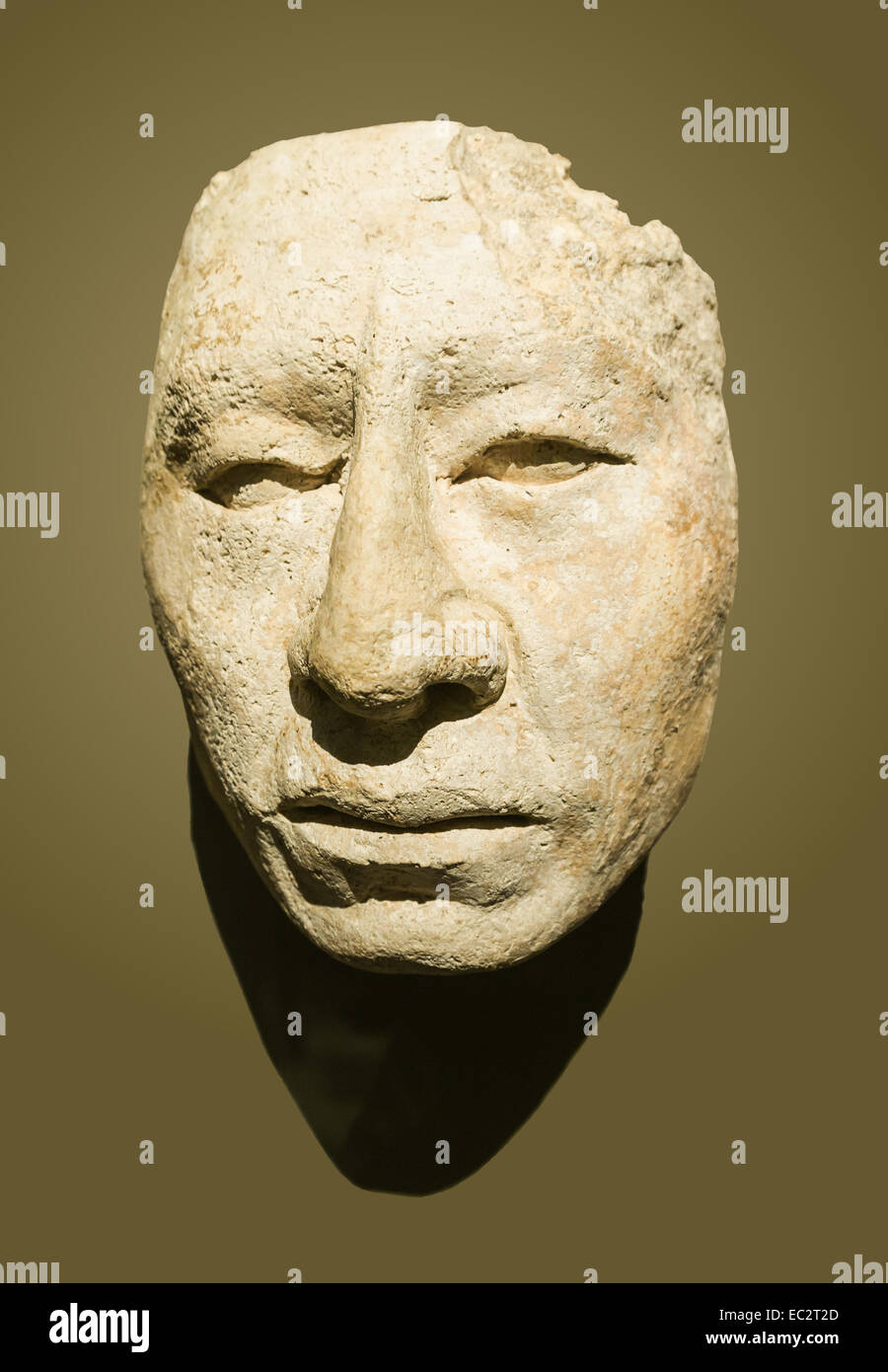 Sculpture of a maya face. Stucco. Classic-recent era (600 - 900 C.E.). Found in Palenque. From the National Museum - Stock Image