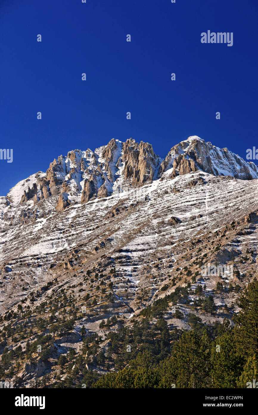 This is Greece as high as it gets!  The peaks of Mount Olympus, 'home of the gods', Pieria, Macedonia, Greece. - Stock Image