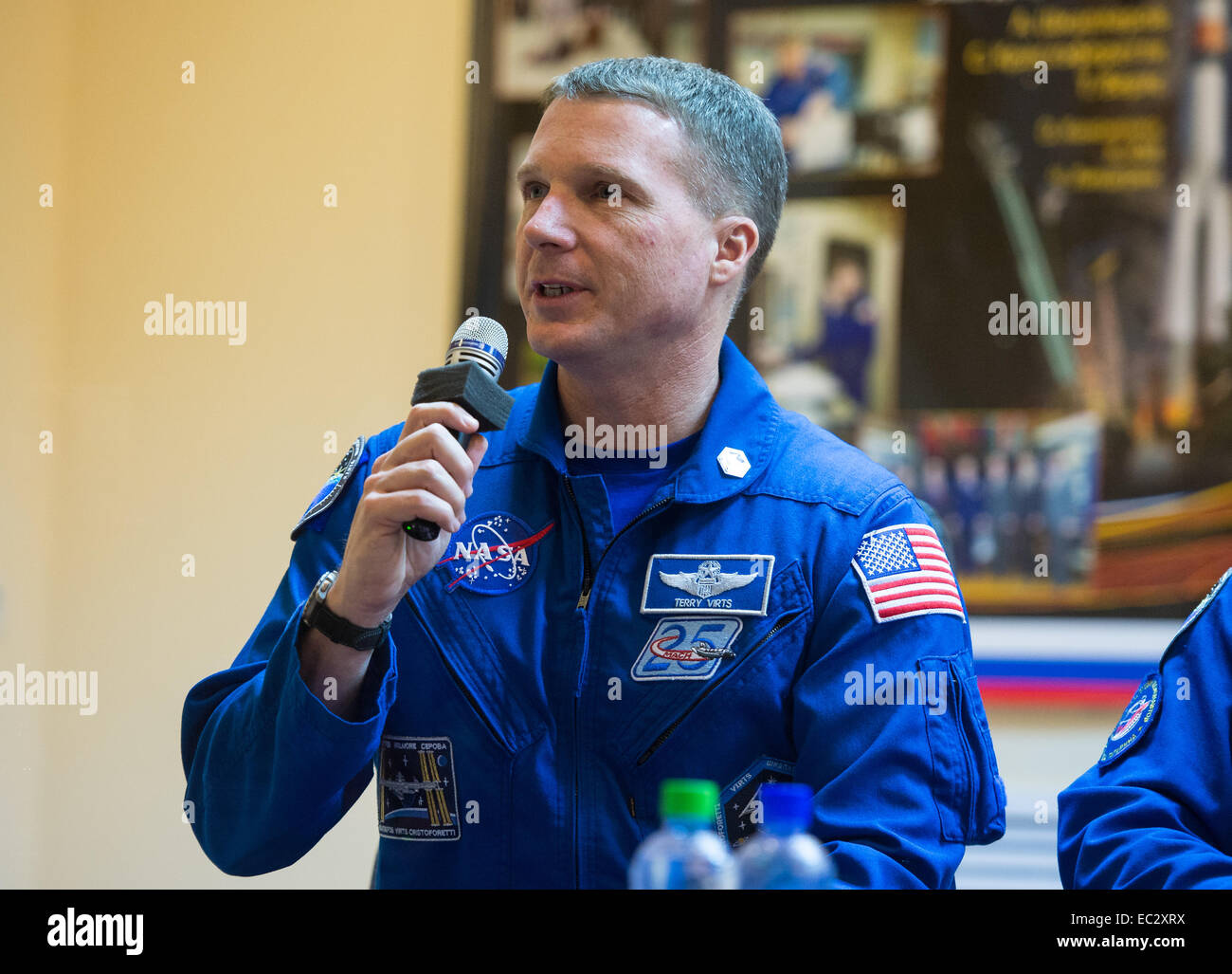 Expedition 42 Flight Engineer Terry Virts of NASA answers a question during a press conference on Saturday, Nov. - Stock Image