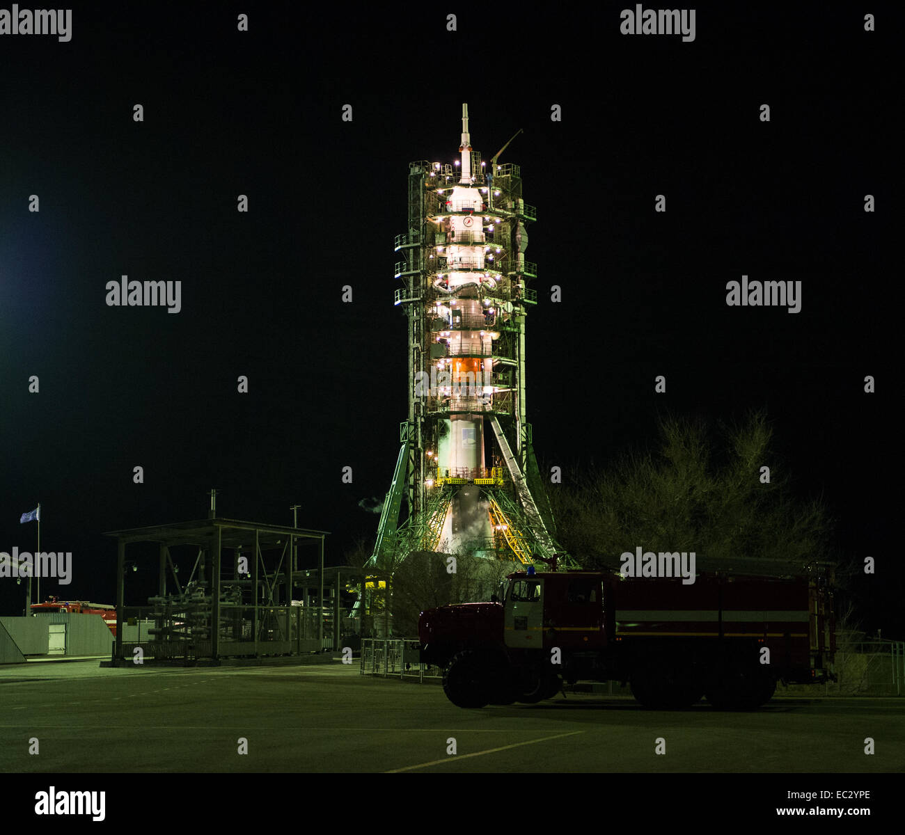 The Soyuz TMA-15M spacecraft is seen on the launch pad just prior to launch on Monday, Nov. 24, 2014 at the Baikonur - Stock Image