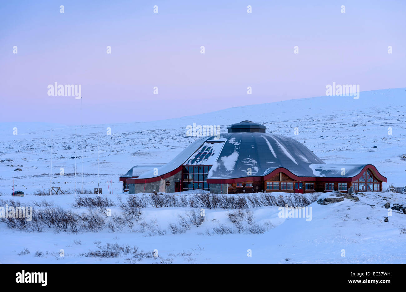 Closed visitor center at the Arctic Circle in winter, dusk, Saltfjellet, Norway - Stock Image
