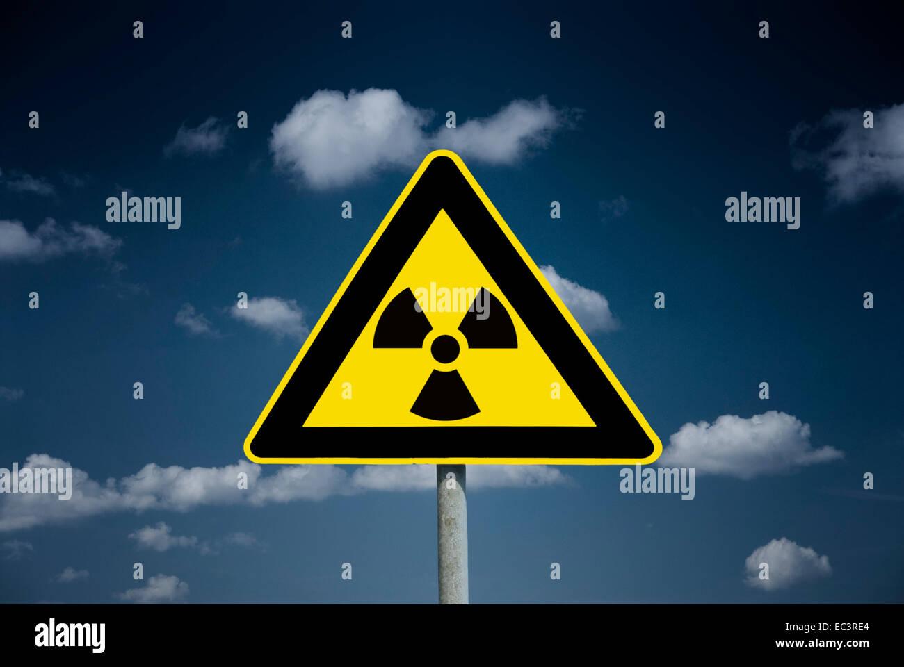 Radiation warning sign, radioactive cloud - Stock Image