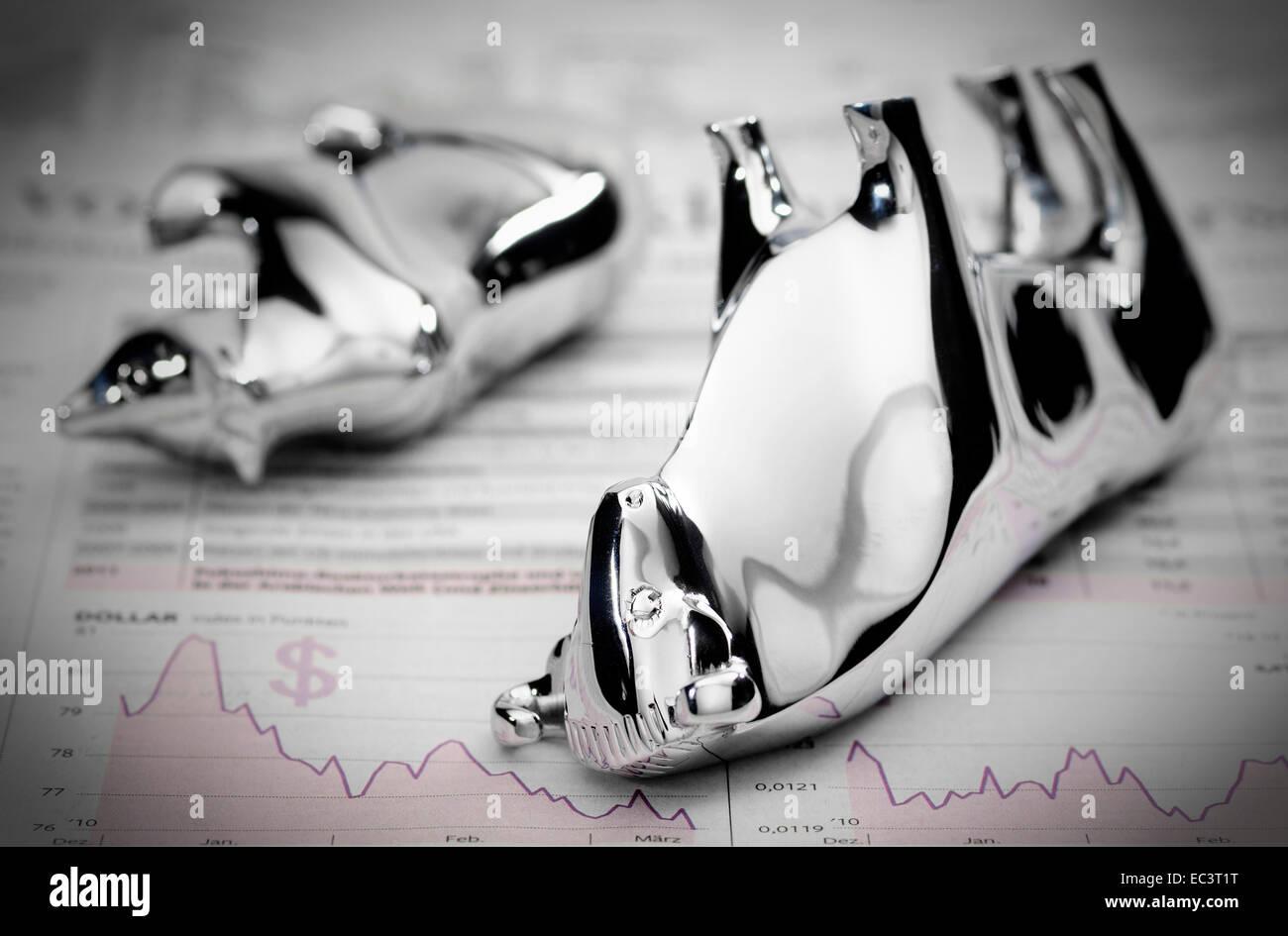 Bull and bear, stock exchange, stock market crash Stock Photo