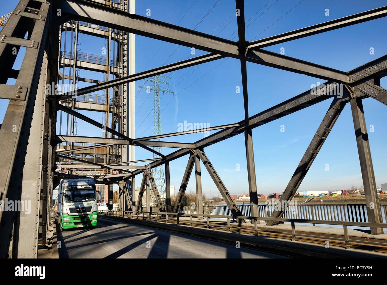 Rethe lift bridge in Hamburg, Germany - Stock Image