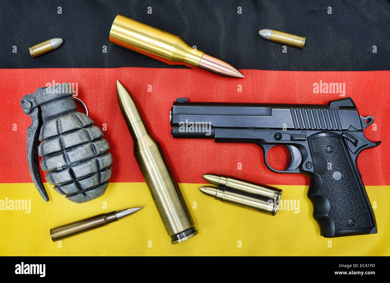 Weapons on German flag, German delivery of arms - Stock Image