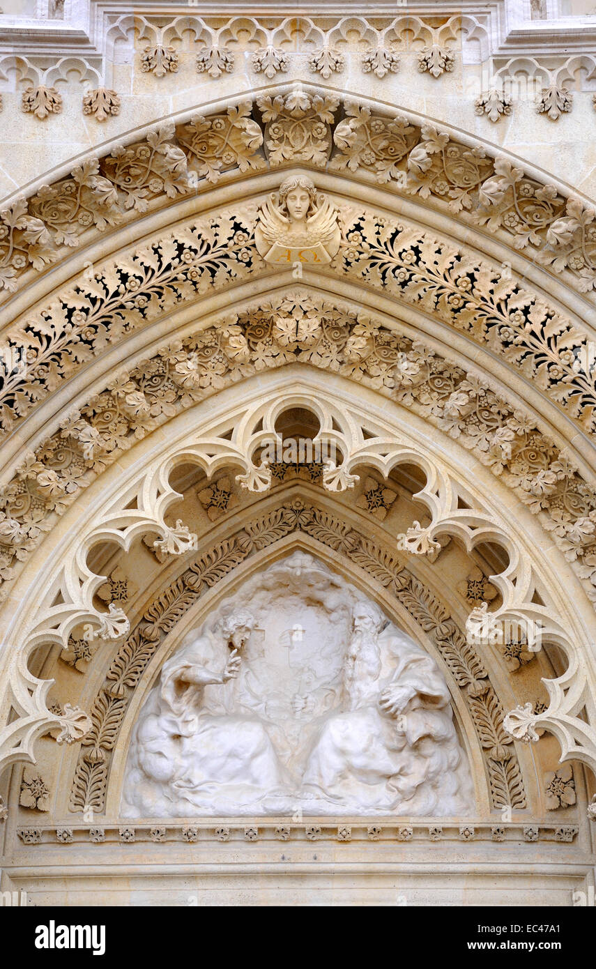 Zagreb, Croatia. Cathedral of the Assumption of the Blessed Virgin (Katedrala marijina Uznesenja) Facade detail - Stock Image