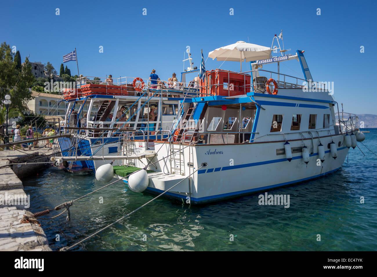 Cruising boat Paleokastritsa Corfu - Stock Image