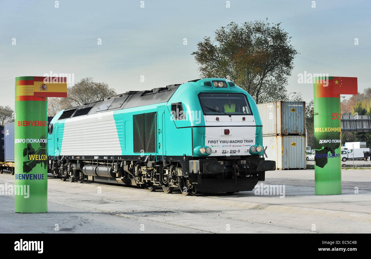 Madrid, Spain. 9th Dec, 2014. The train, named 'Yixinou' arrives in Madrid Abronigal railway station in - Stock Image