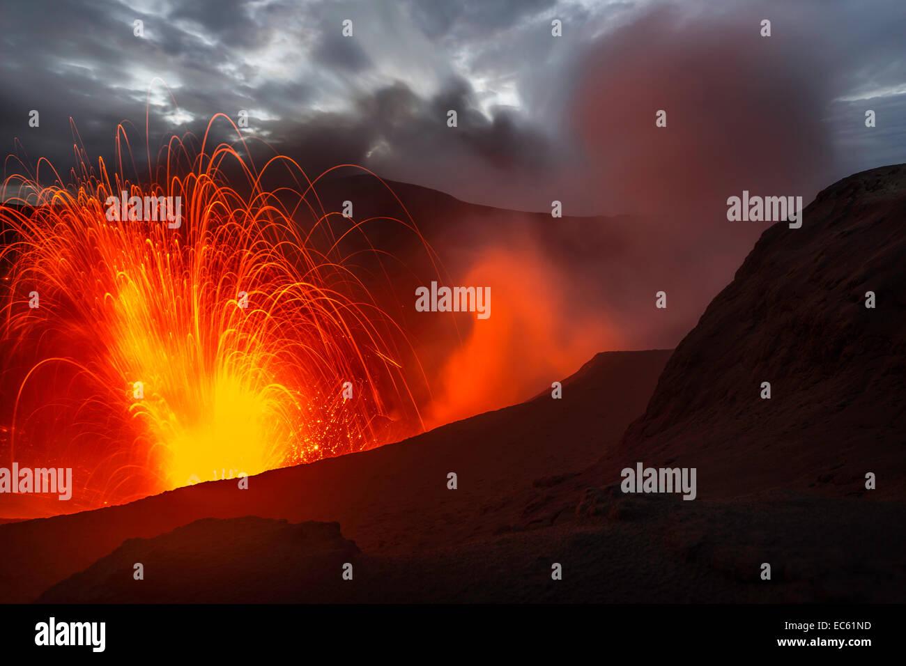 Eruption of Mount Yasur volcano, Tanna Island, Vanuatu, Oceania - Stock Image