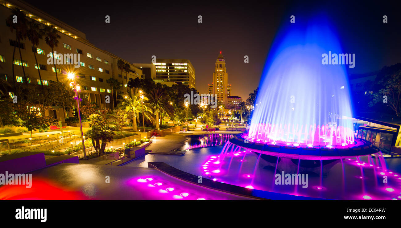 Los Angeles City Hall as seen from the Grand Park at night, Los Angeles, California, USA - Stock Image