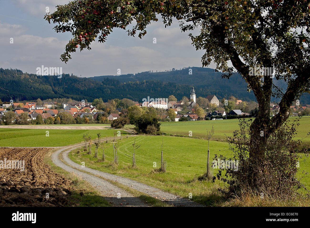 Rugendorf in the fall at the foot of the Franconian Forest - Stock Image