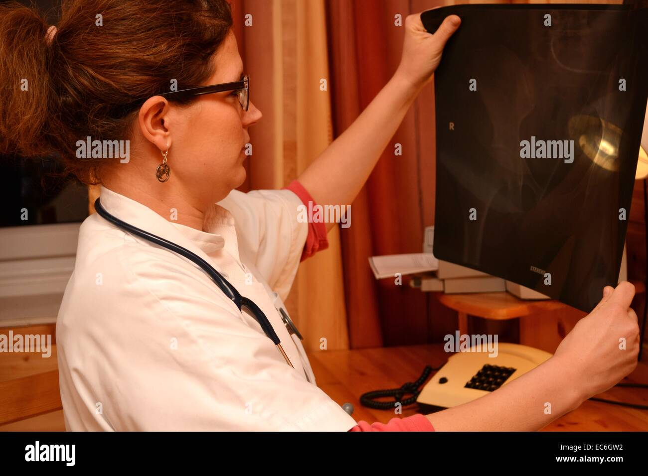 doctor with xray - Stock Image