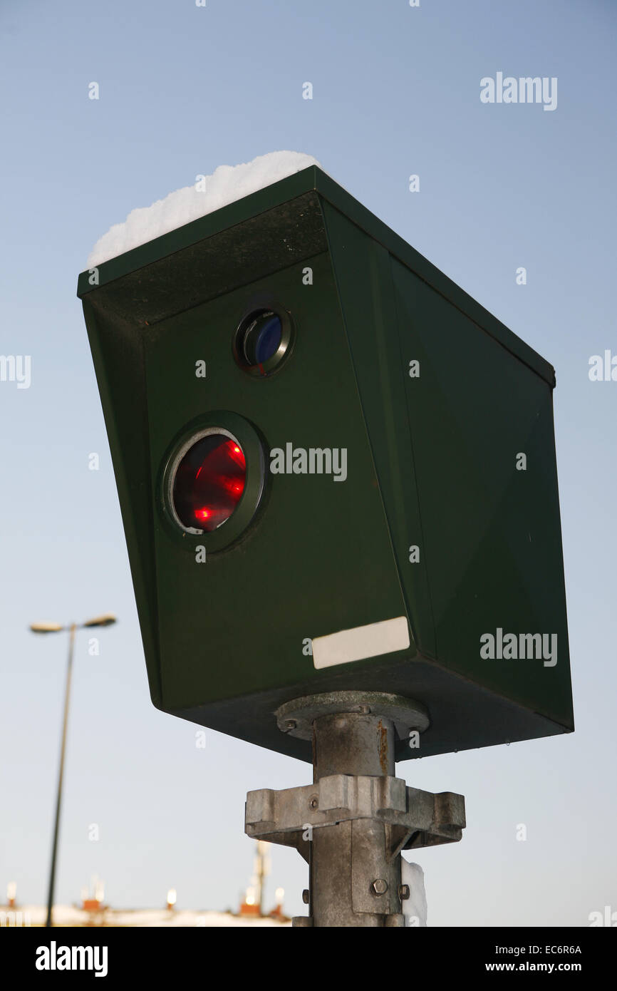 Amp Car Stock Photos Images Alamy Vibe Wiring Kit Halfords Speed 8203 Cameras Camera Flash Unit For Measuring Traffic Control