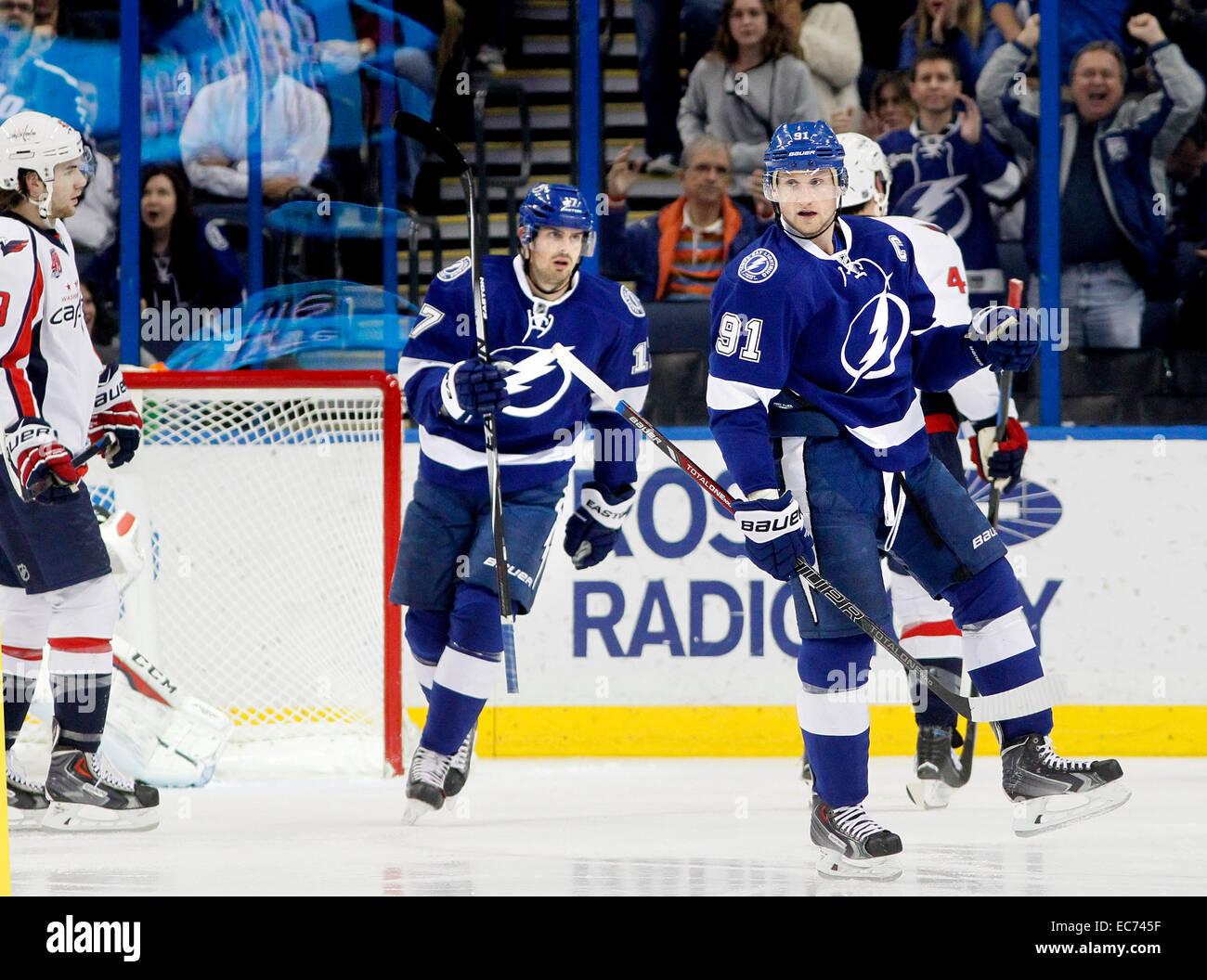 Dec. 9, 2014 - Tampa, Florida, U.S. - DIRK SHADD | Times .Tampa Bay Lightning center Steven Stamkos (91) celebrates - Stock Image