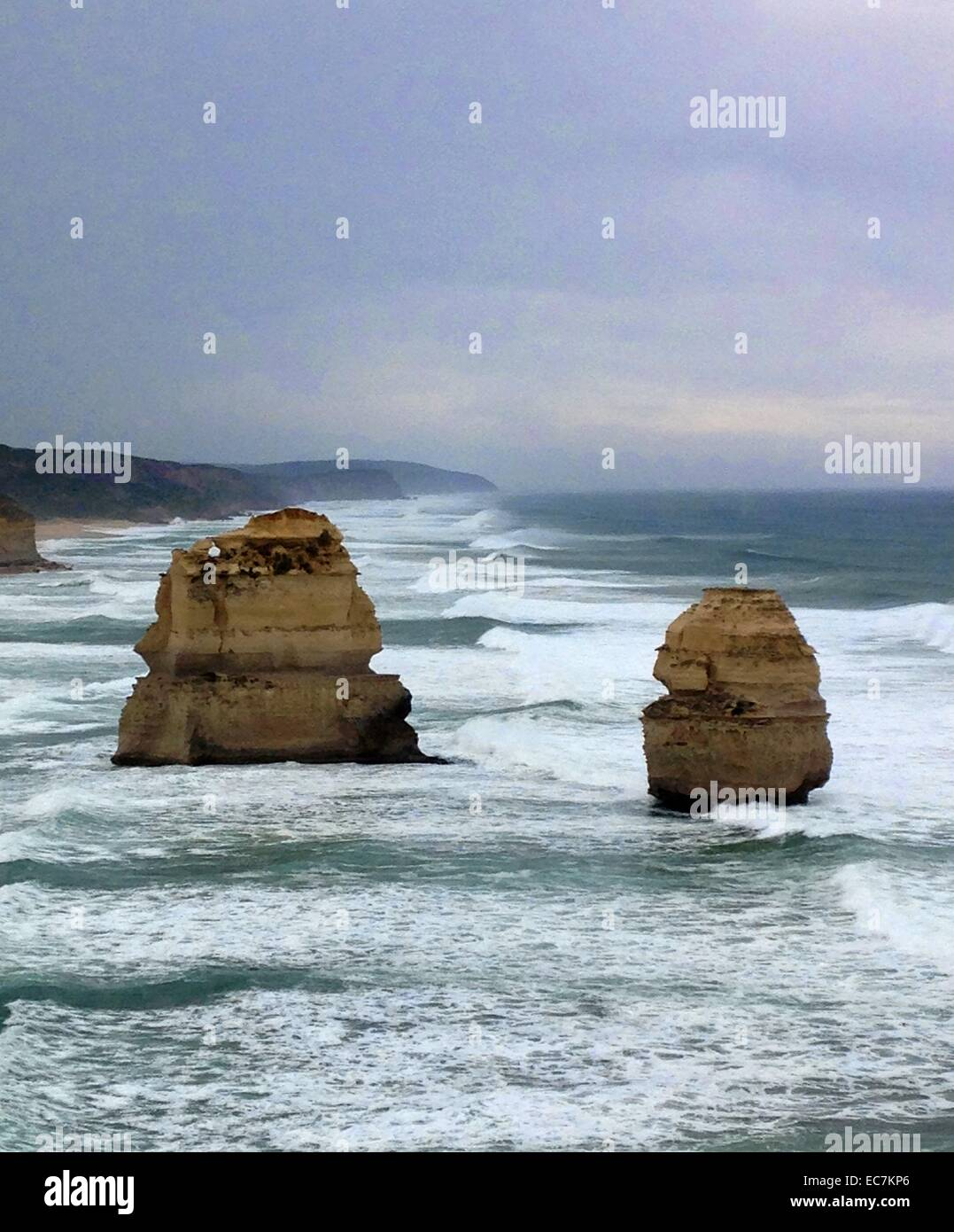 Twelve apostles, Great Ocean Road, Victoria, East Coast Australia, Pacific ocean - Stock Image