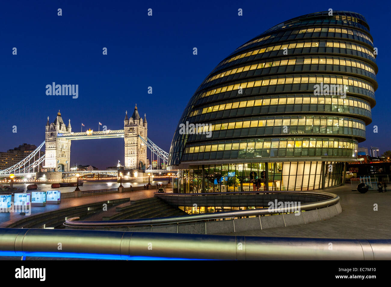 City Hall (London Assembly Building) and The Tower Of London, London, England - Stock Image