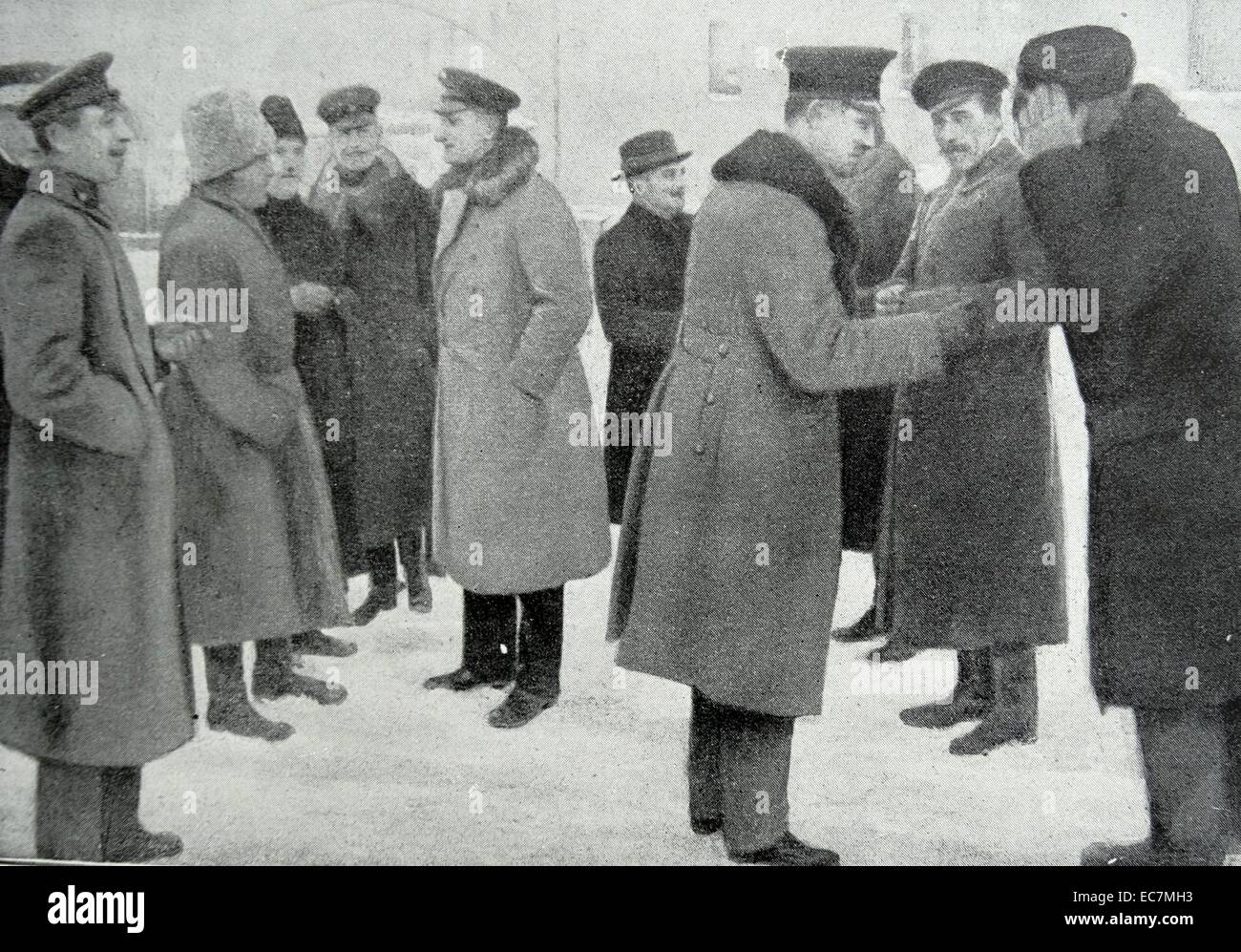 Ukranian and German delegates, arrive  to sign the Treaty of Brest-Litovsk - Stock Image