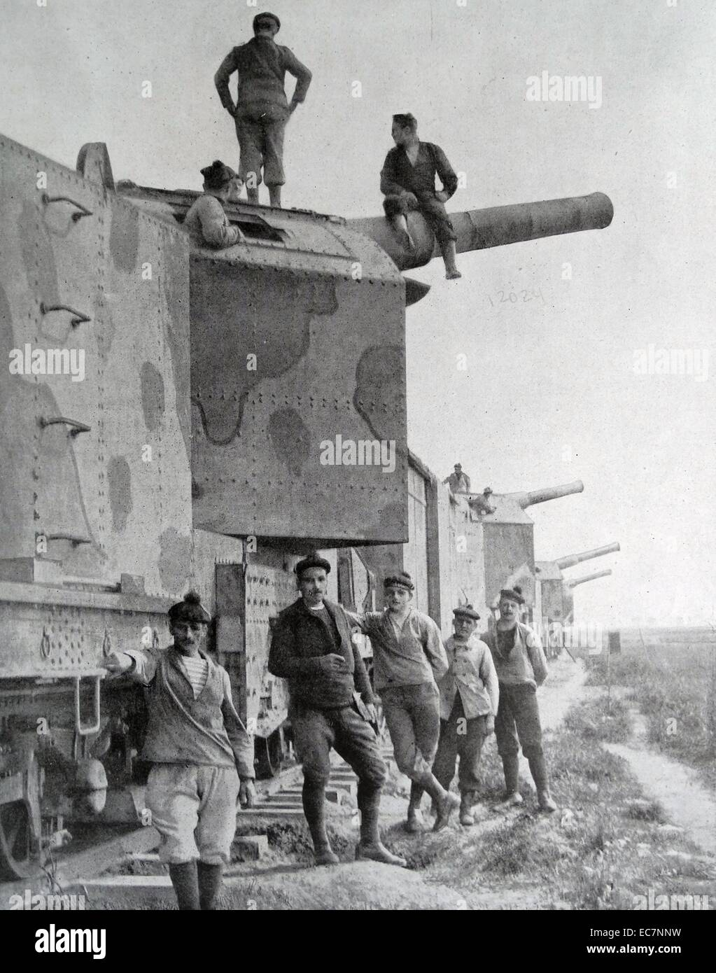French Railway mounted cannons during World war One 1917 - Stock Image