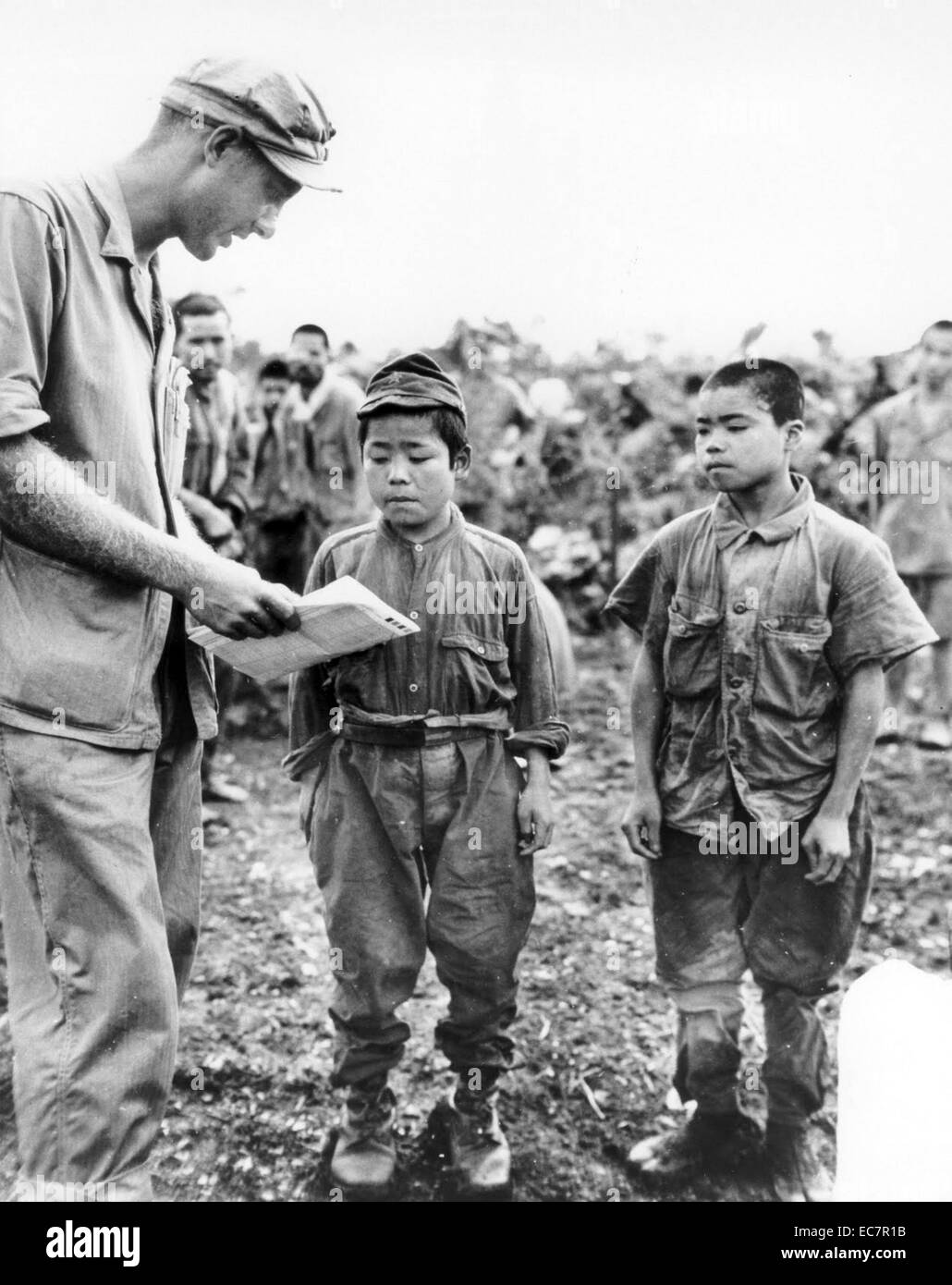 an analysis of a photograph of the american soldiers in world war two The pacific photos from wwii  with  two american soldiers of the  in the battle for the strategic japanese air field on cape gloucester during world war ii .