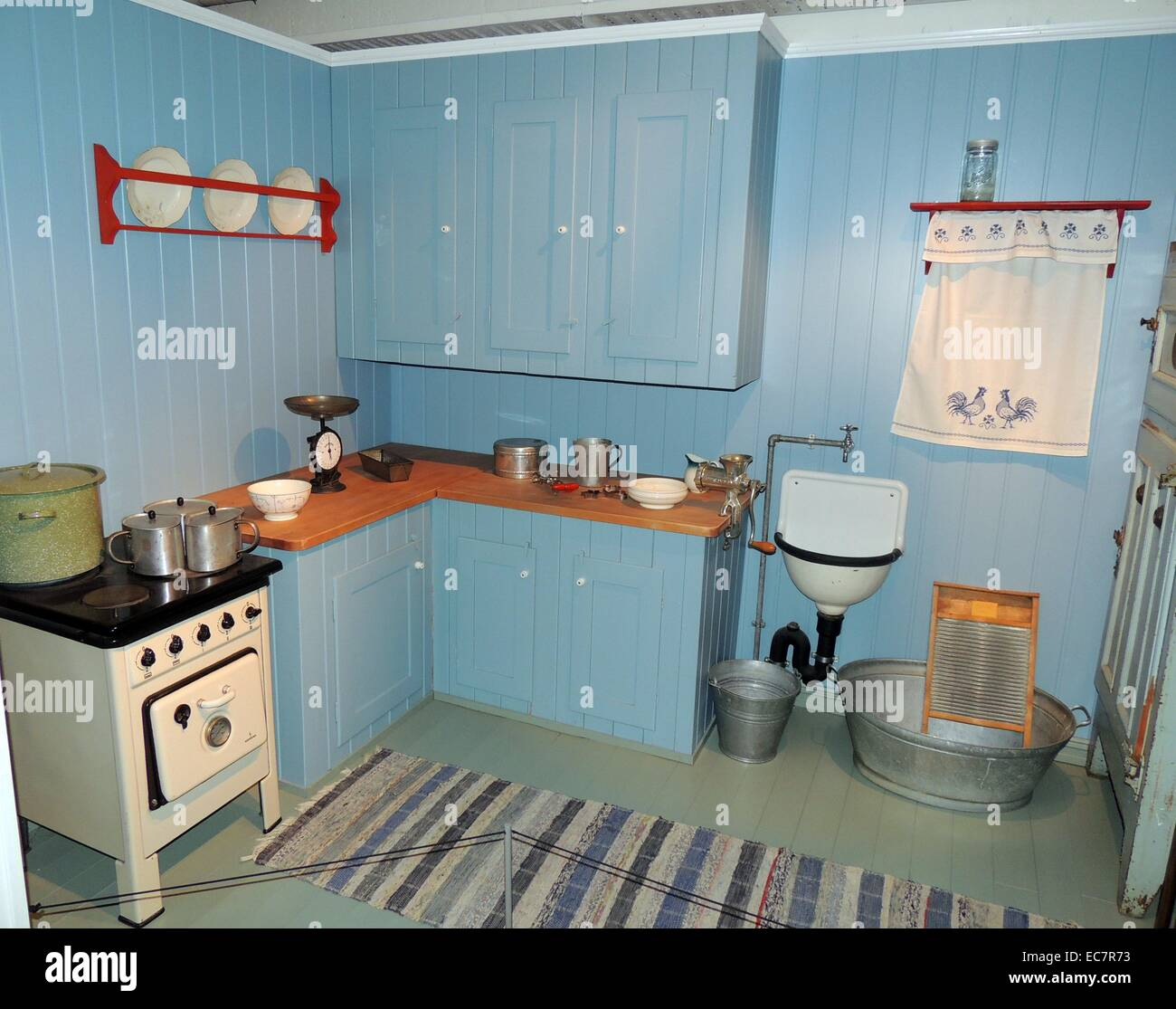 Kitchen Appliances Cooker Stock Photos & Kitchen Appliances Cooker ...