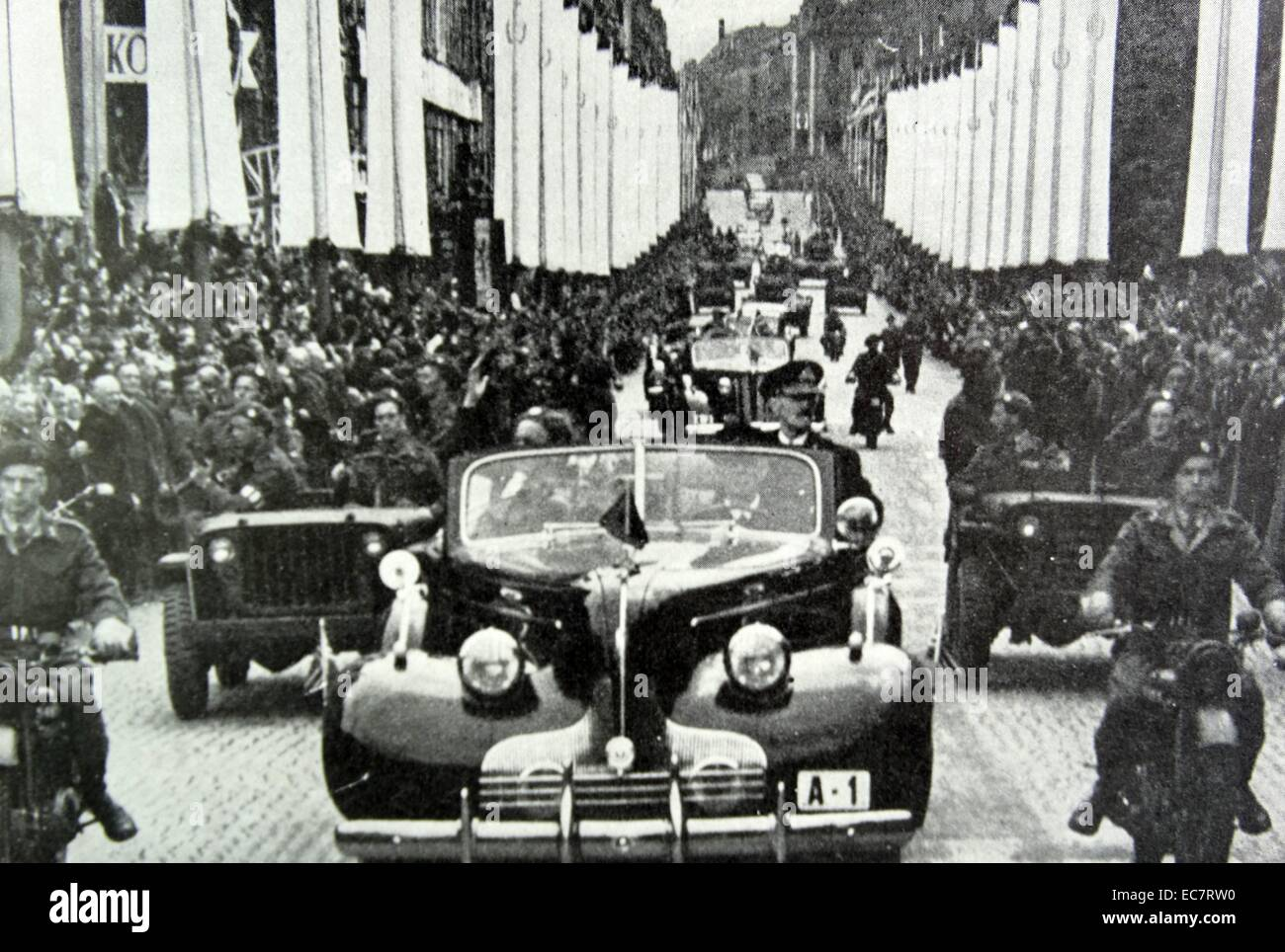 King Haakon of Norway return home after the liberation of Norway after World War Two - Stock Image