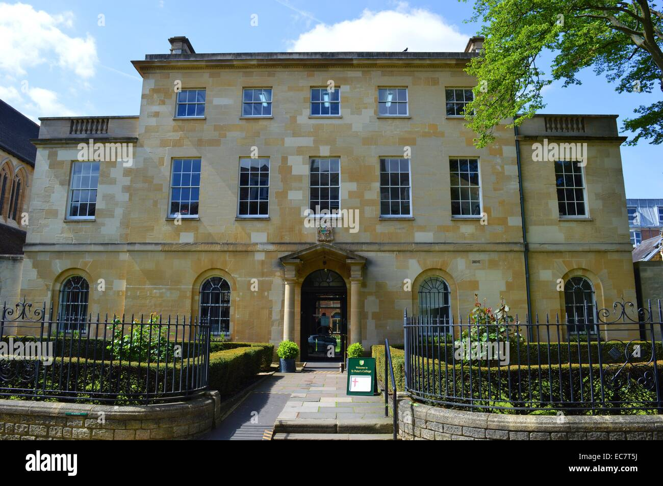 St Peter's College is one of the constituent colleges of the University of Oxford, - Stock Image