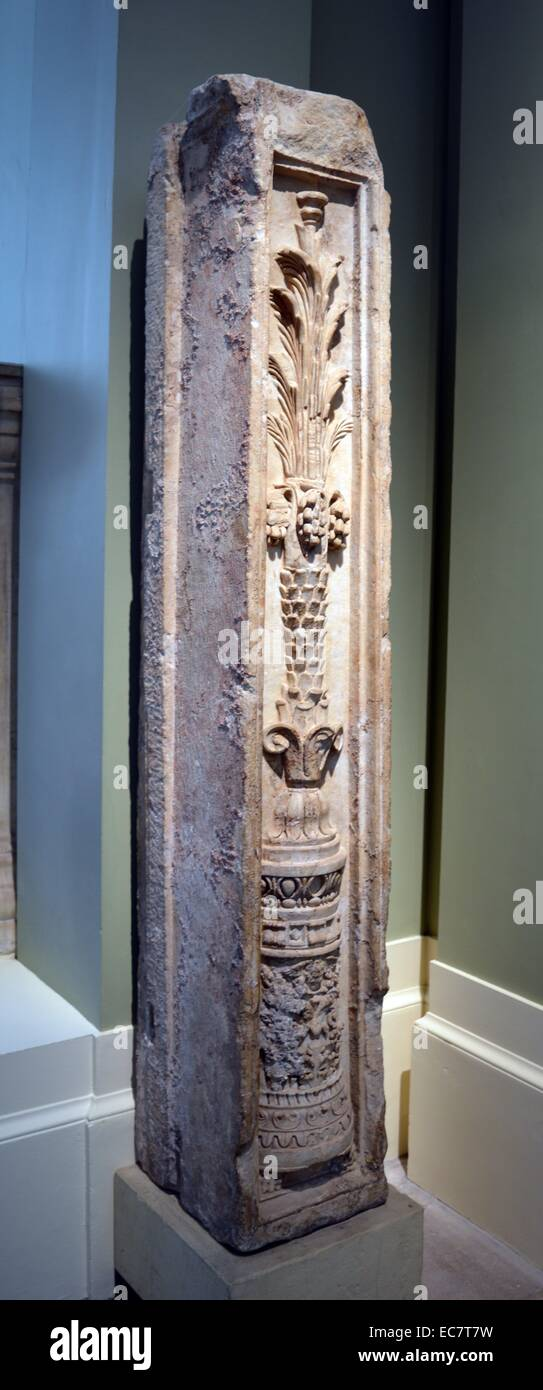 Marble pilaster.  Probably once part of the richly decorated façade of a Roman building from western Turkey. - Stock Image