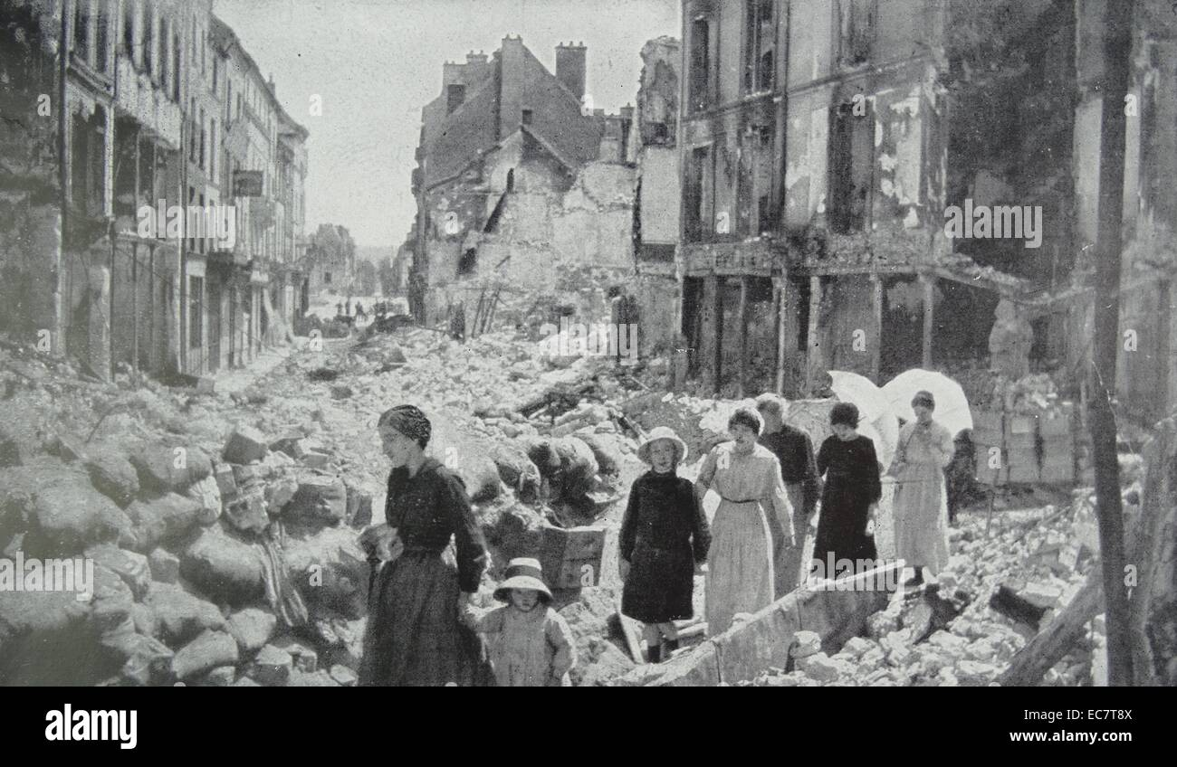 Civilians after the Battle of Château-Thierry was fought on July 18, 1918 - Stock Image