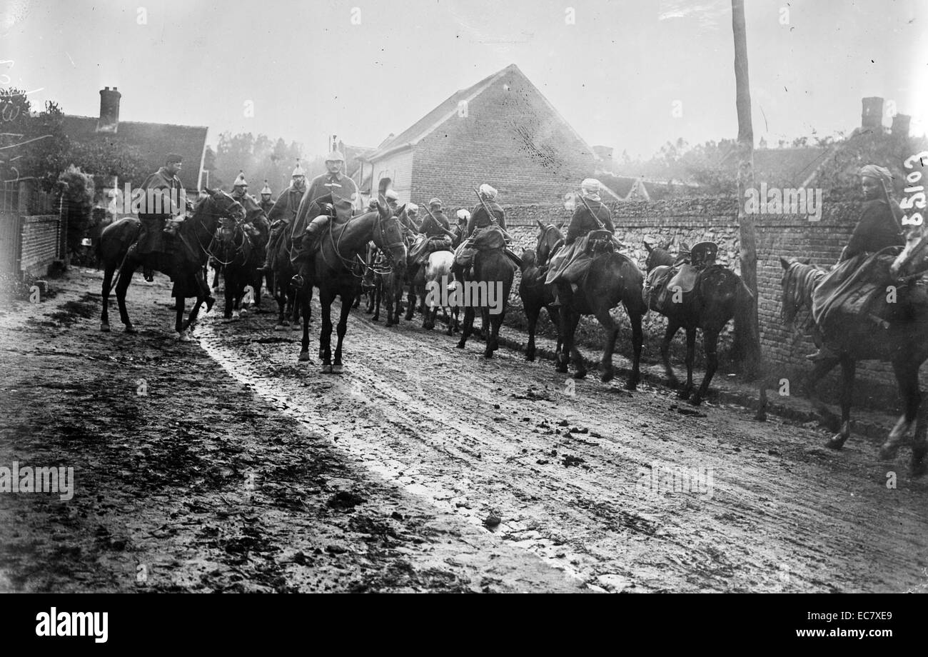 patrol of cuirassiers and Moroccan forces Ribecourt;   France;   during World War I Stock Photo