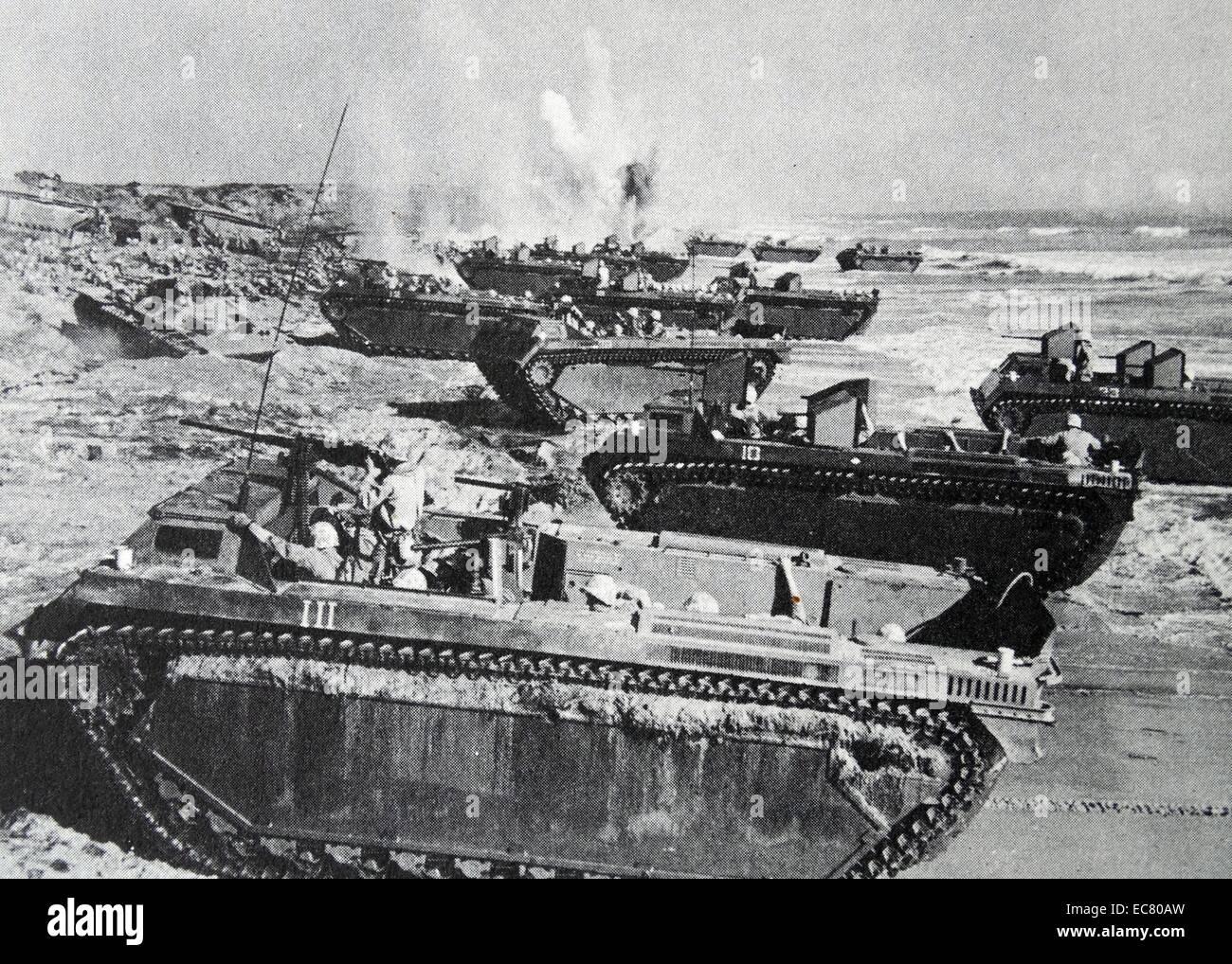 Amphibious Pelicula 1949 movies stock photos & 1949 movies stock images - alamy