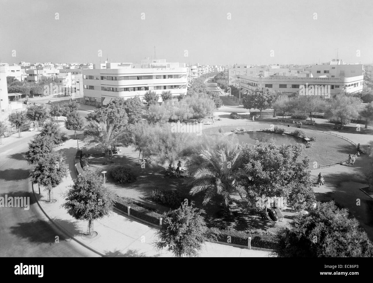 Photograph of Dizengoff Square, Tel Aviv. Dated 1946 - Stock Image