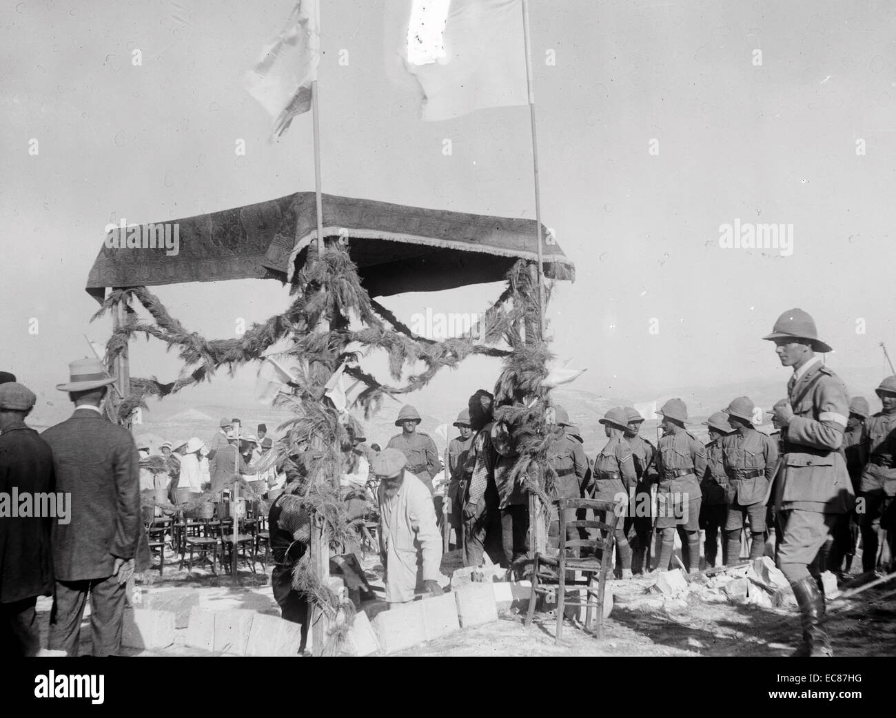 Photograph of Lord Balfour's visit to The Hebrew University, laying the foundation stone of Hebrew University. - Stock Image